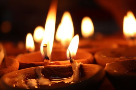 candles-1284670_1920